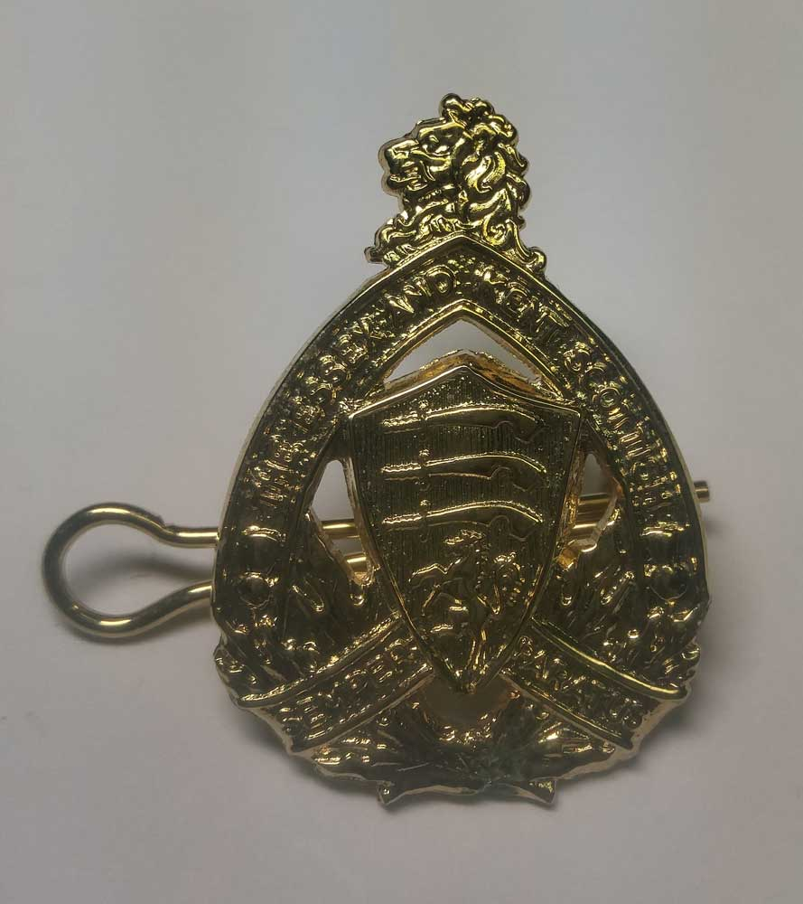 Badge: Miniature Cap, Essex & Kent, Gold